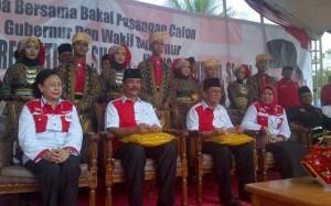 Soerya - Ansar saat deklarasi Bakal Calon Gubernur dan Wakil gubernur kepri