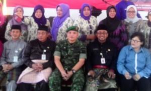 Foto bersama usai pembukaan sosialisasi Psikososial bagi PKMS pada LK3 Bina Sejahtera, (21/9).