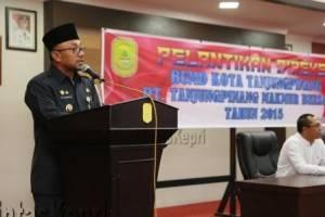 H Lis Darmansyah SH, Walikota Tanjungpinang, saat memberikan sambutan diacara pelantikan Direksi BUMD, (23/09).