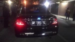 Mobil dikendarai wanita keturunan tionghoa yang menyerempet seorang pemuda di simpang hotel Paradise, (09/09)