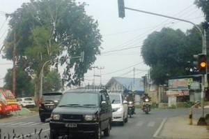 Traffic Light (Lampu Lalu Lintas) di Jalan Ahmad Yani Km. 5 atas tepatnya didepan Mapolres Tanjungpinang