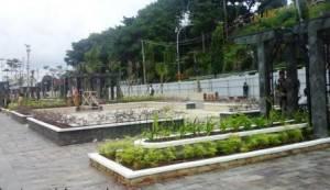 Taman yang berada di Jalan Hang Tuah Tepi Laut Kota Tanjungpinang.