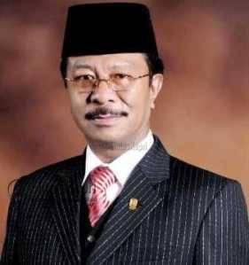 Ketua DPRD Provinsi Kepri Jumaga Nadeak SH