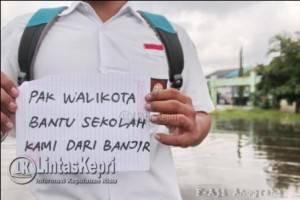 Pesan buat walikota yang ditulis Dendra, pelajar SMAN 4 Tanjungpinang