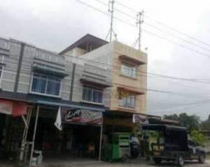 Tower Siluman yang berada tepat diatas salah satu Ruko di Jalan Hang Lekir Kota Tanjungpinang