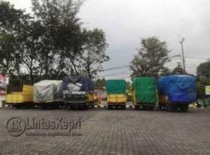 Inilah 6 truk antar provinsi yang di amankan Polda Kepri