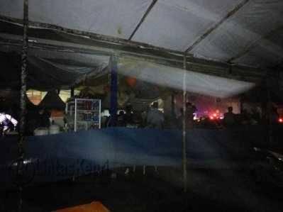 Acara MTQ Ke IV Provinsi Kepri saat diterpa hujan badai dan listrik padam, Sabtu (21/5) sekira pukul 22.00 WIB.