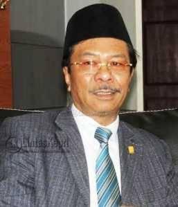Ketua DPRD Provinsi Kepri, Jumaga Nadeak