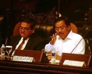 Gubernur Kepri, Nurdin Basirun saat  Rapat Dengar Pendapat di Jakarta, Selasa (24/5).