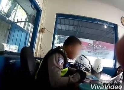 Video oknum polisi terima pungli dalam akun medsos Instagram @atikapakpahan
