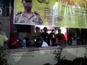 Sembilan pelajar saat diamankan Polsek Kota Lantaran meresahkan masyarakat dengan melempar petasan