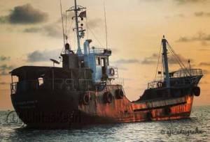 Salah satu kapal asing yang di tangkap TNI AL diperairan Berakit, Kabupaten Bintan. Sabtu (16/4).