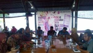 Ngobrol Pagi (Ngopi) yang diselenggarakan AJI Batam Bareng Walikota Tanjungpinang Lis Darmansyah dengan agenda membahas kondisi defisit di Ibu Kota Provinsi Kepri, Tanjungpinang, Kamis (11/8) pagi.