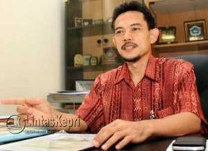 Ketua Komisi IV DPRD Kota Batam Riky Indrakari