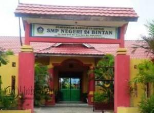 SMPN 24 Kabupaten Bintan yang Disebut-sebut Menjual LKS
