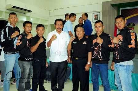 Gubernur Titip Prestasi Kepada Kontingen Kepri