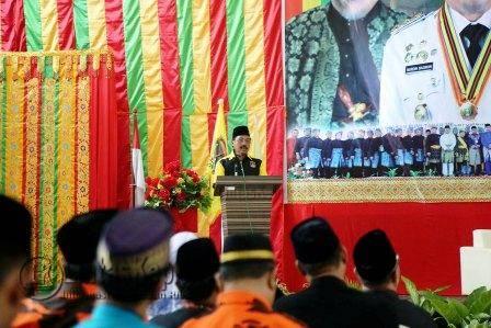 Gubernur Kepri Nurdin Basirun Saat Menyampaikan Pidato Musyawarah Kerja Hulubalang 1 di Asrama Haji Kota Tanjungpinang, Sabtu (1/10).
