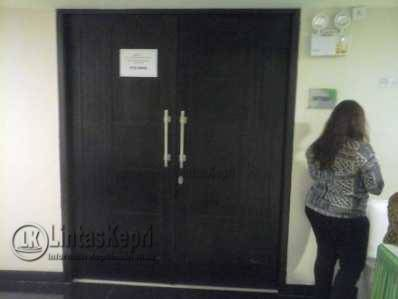 Pintu rapat yang digelar FTZ tertutup disalah satu ruangan Hotel CK Tanjungpinang