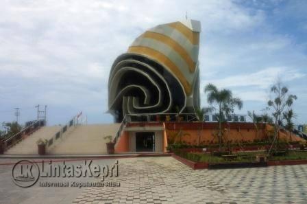 Gedung Gonggong Icon Kota Tanjungpinang.
